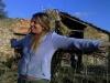 Valeria al lavoro nella tenuta ad Umbertide