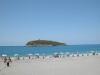 spiaggia di Diamante di fronteb all'isola di Cirel